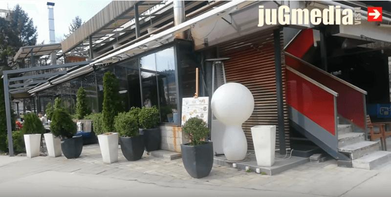 Otvaraju se tržni centri, maske obavezne i u baštama kafića
