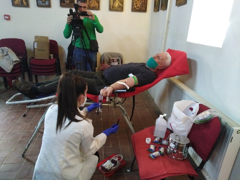 Sve osobe koje su preležale koronu mogu da daju krv nakon potpunog oporavka
