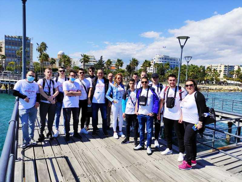 Učenici i profesori iz Pirota borave na Kipru