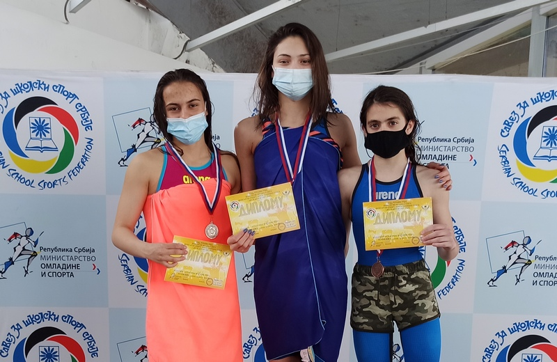 Leskovački plivači se sa državnog prvenstva vratili sa 13 medalja