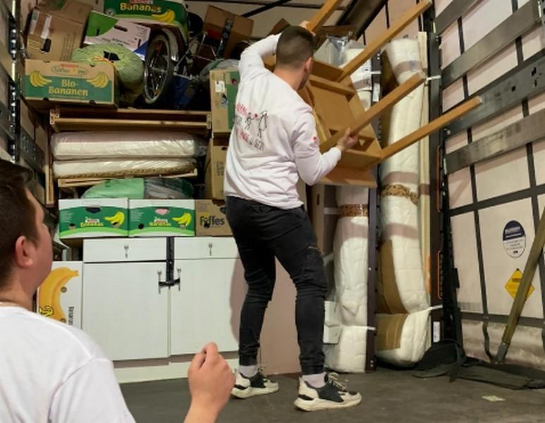 Humanitarna pomoć iz Austrije stigla u Leskovac za štete nanete tokom poplava