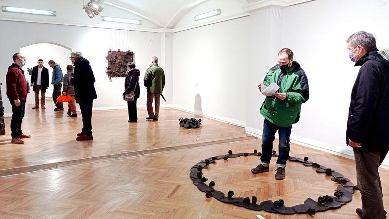 NAŠI PRECI: Otvorena izožba vlasotinačkog umetnika u Pančevu
