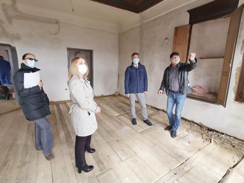 Gradonačelnik Milenković obišao radnike koji rade na rekonstrukciji Narodnog muzeja