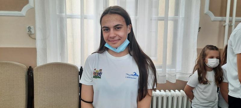 Plivači i atletičari iz Leskovca nižu uspehe na svim takmičenjima, Iva Petković za samo 9 godina osvojila preko 300 medalja