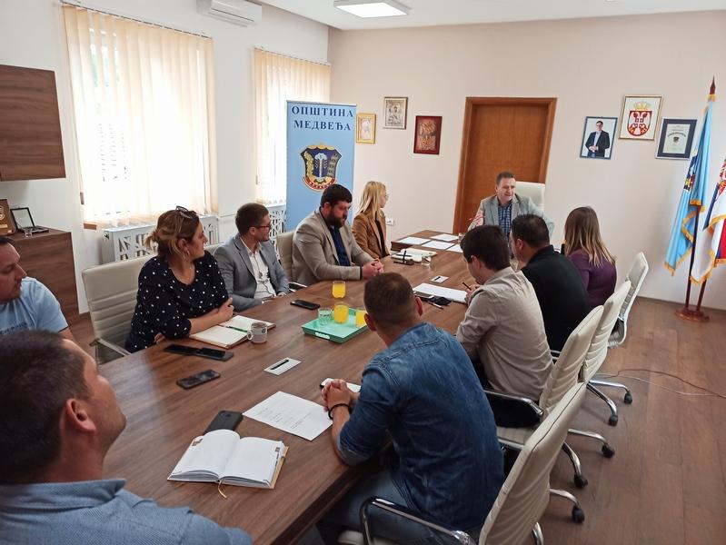 Krovna organizacija mladih Srbije na sastanku u Medveđi