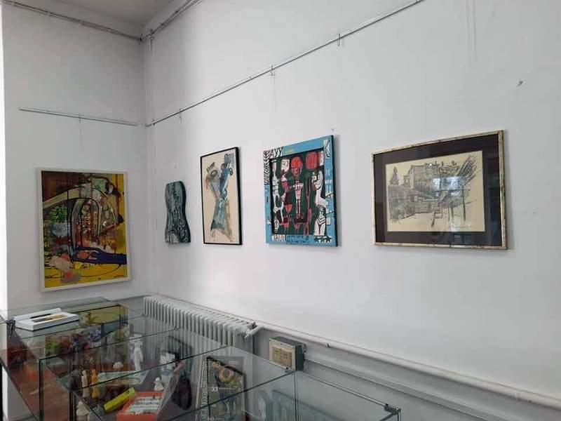 """Pogledajte umetničke radove iz kolekcije Osnovne škole """"Josif Kostić"""" u leskovačkoj Biblioteci"""