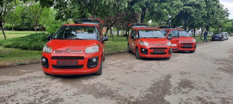JKP Vodovod Leskovac obnovio vozni park nabavkom tri polovna automobila