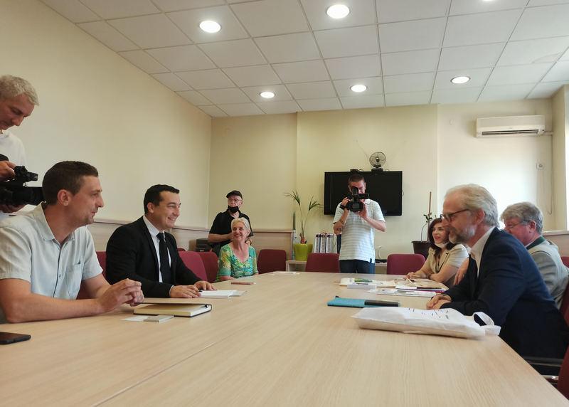 Ambasador Austrije u Pirotu sa čelnicima grada o zapošljavanju mladih
