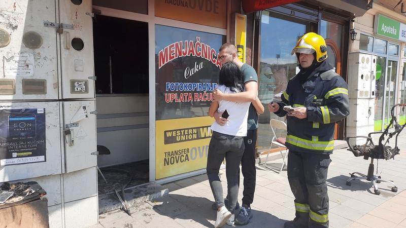 Izgorela menjačnica u centru Leskovcu