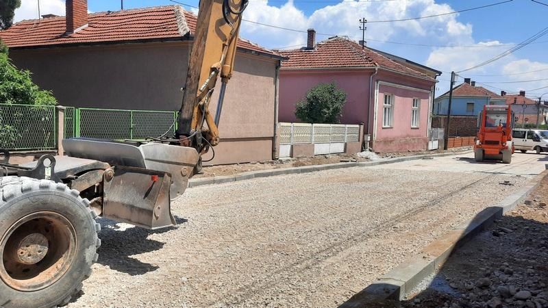 Za rekonstrukciju Jug Bogdanove i ulice Miloša Obilića 14,3 miliona dinara