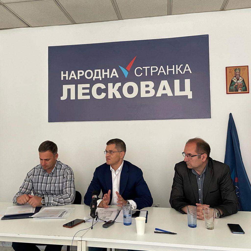 Vuk Jeremić u Leskovcu: U Srbiji 90 posto kapiatala drži šest milijardera, 50 mulitimilionera i nekoliko hiljada milionera
