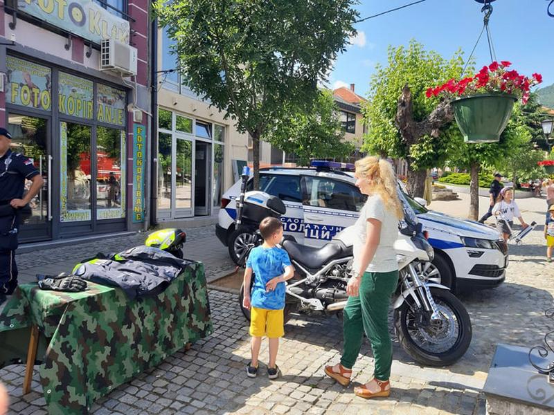Pešačka zona u Vranju danas omiljena destinacija mališana
