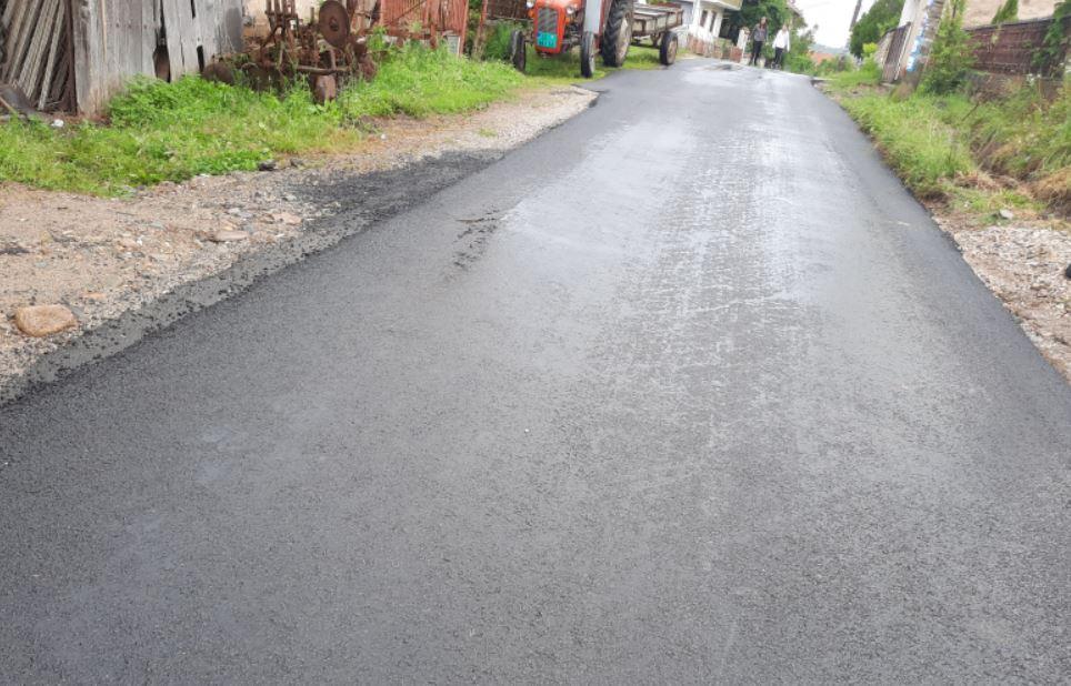 Meštani Velike Kopašnice kod Leskovca dali po 3.000 i po 300 evra za asfaltiranje ulice