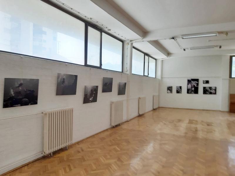 """Prostor živi dva sprata niže"""" u Galeriji Narodnog univerziteta"""