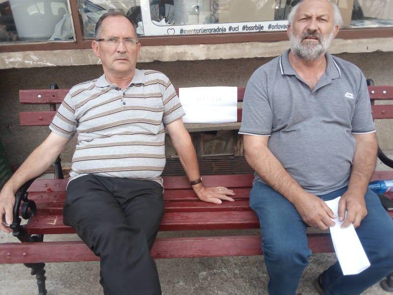 Crna Trava: Dva odbornika stupila u štrajk glađu, traže smenu predsedika opštine