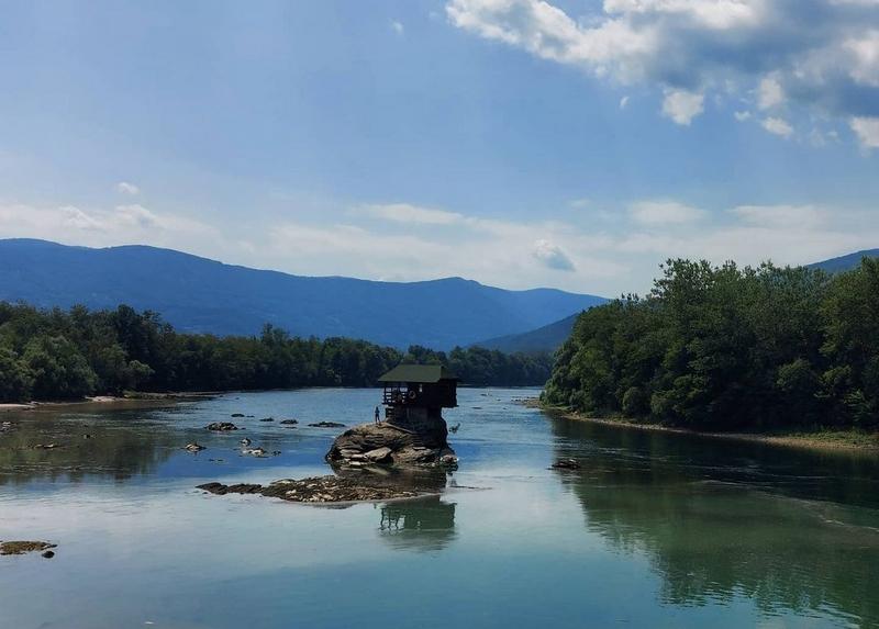 Odobreno još 30.000 vaučera za petodnevni odmor u Srbiji
