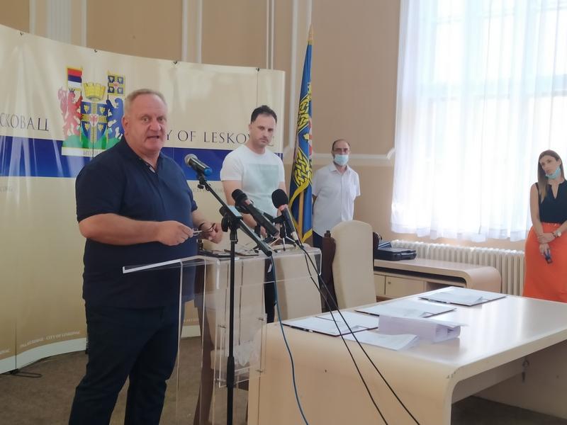 Nezadovoljnim Leskovčanima iz Keep Light poručuju da su LED sijalice odlične, za kvar se javite Beogradu