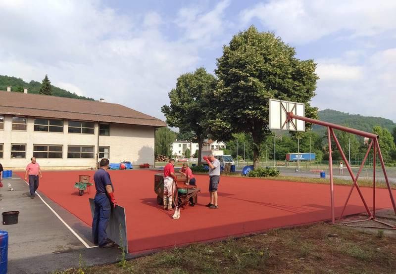 Donacijom oko 2 miliona dinara nastavlja se uređenje Zone sporta u Medveđi