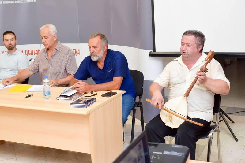Medveđa: Živko Kulić, Vlada Jovanović i Radosav Doderović na Aforističkoj večeri