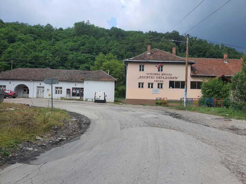 Meštani 21 sela u vlasotinačkoj opštini u 21. veku danima bez struje, najavljuju blokadu puta Leskovac-Pirot
