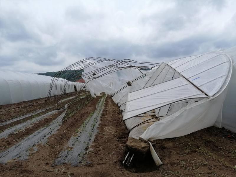 Posle nevremena šteta u selu Togočevce stopostotna, meštani traže pomoć