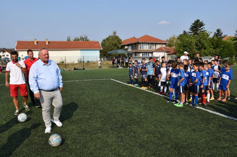 "Otvoren turnir ""Roštiljko"" u Leskovcu"