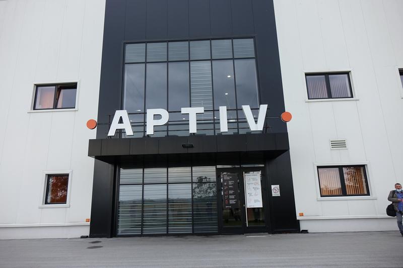 Oktobarske nagrade za Aptiv, Autostop i Leskovačku onlajn pijacu (spisak svih dobitnika)