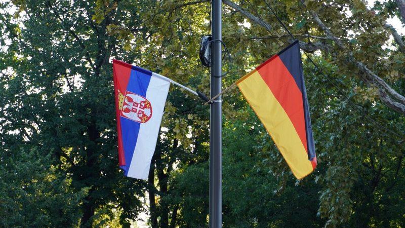 U Nišu istaknute srpske i nemačke zastave povodom posete Angele Merkel