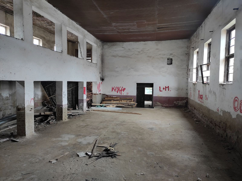 Posle 15 godina biće očišćen napušteni Dom kulture