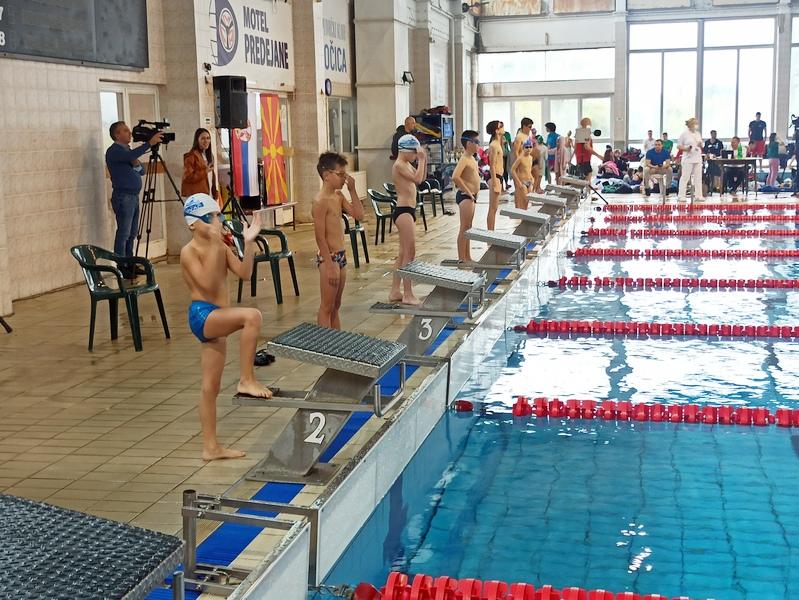 Plivački klub Leskovac – Leskovački pobednik