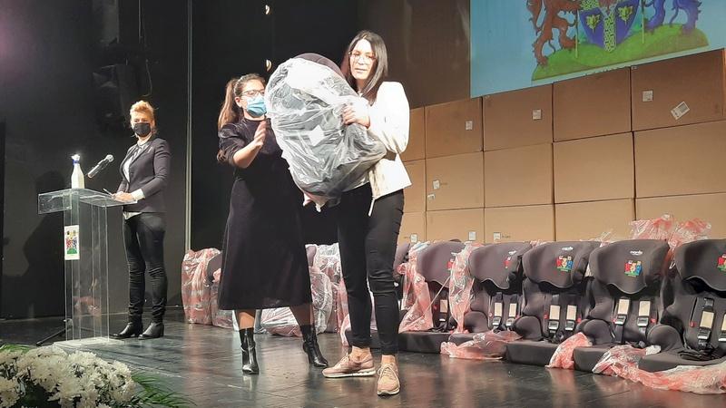 Još 182 auto-sedišta za novorođene bebe od grada Leskovca